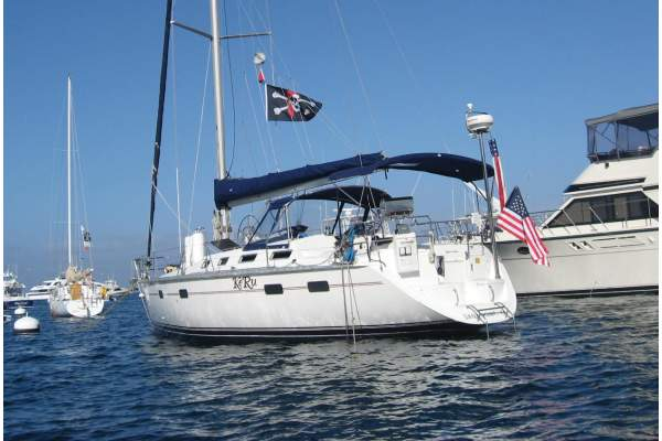 "43' HUNTER MOORINGS 433 (1992) ""KERU"" SOLD!"