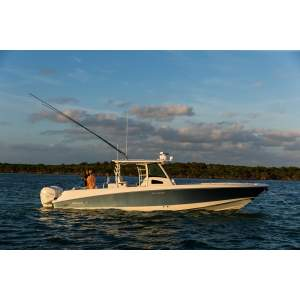 37' BOSTON WHALER 370 OUTRAGE (2012)