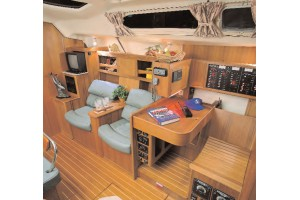 46' HUNTER 460 (2001) *LLC*