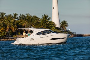 37' CARVER YACHTS C 37