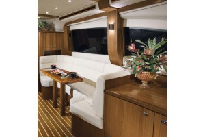 48' TIARA 4800 CONVERTIBLE (2010) *LLC*