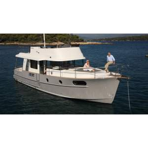 44' BENETEAU SWIFT TRAWLER 44 (2015)