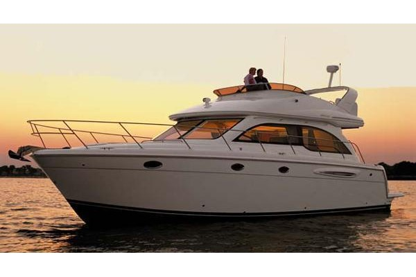 "41' MERIDIAN 411 SEDAN (2003) ""HULLABALOO"" OFF MARKET"