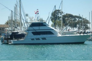 65' HATTERAS SPORTFISH/ENCLOSED FLYBRIDGE