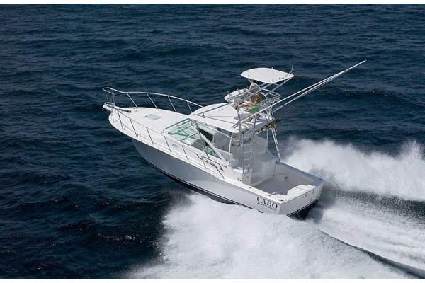 32' CABO 32 EXPRESS (2008) OFF MARKET
