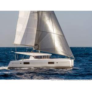 42' LAGOON 42 (2017) *DEALER OWNED CATAMARAN*