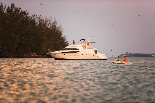 """45' MERIDIAN 459 MOTOR YACHT (2005) """"IT'S COMPLICATED"""""""