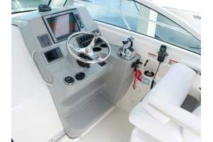 28' BOSTON WHALER 285 CONQUEST (2012)
