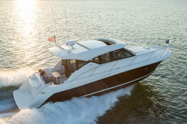 41' TIARA 39 COUPE (2018) OFF MARKET