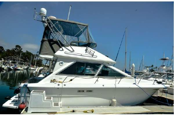 "30' SEA RAY 300 SEDAN BRIDGE (1989) ""ISLAND PASSAGE"" SOLD!"