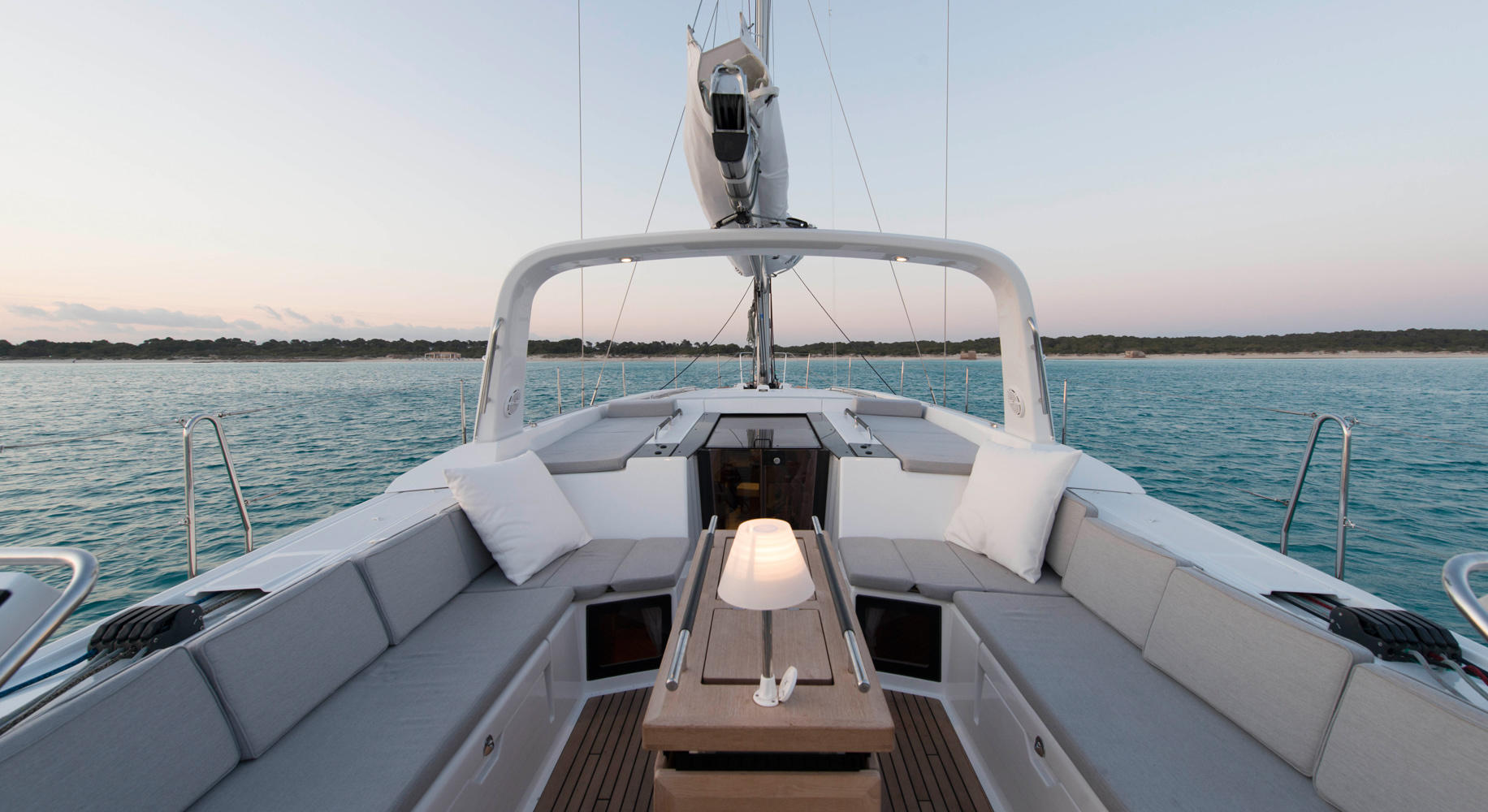 Beneteau Oceanis 55 Sailboat for sale