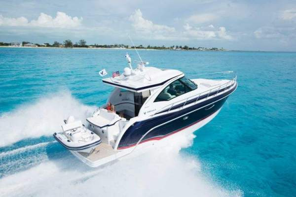 Express Cruisers/Weekender Boats