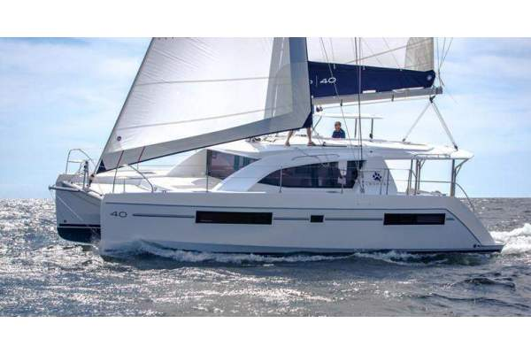 Catamarans/Multihulls