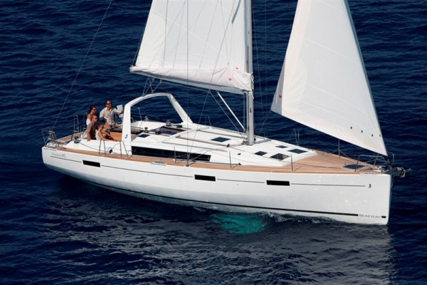 2014 45' BENETEAU USA OCEANIS 45 for sale in Marina Del Rey California