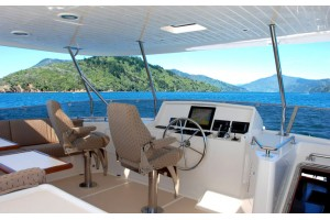 72' OFFSHORE 72 PILOTHOUSE (2006)