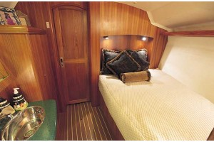 41' HUNTER 41 DECK SALON (2008)