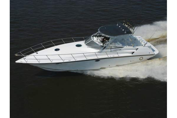 38' FOUNTAIN 38 SPORTFISH CRUISER (2004)