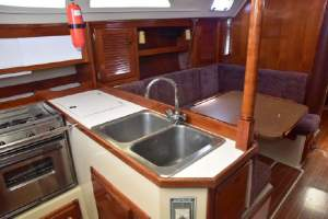 "36' CATALINA 36 (1987) ""MOUSE TRAP"""