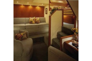 65' VIKING ENCLOSED FLYBRIDGE (2000)