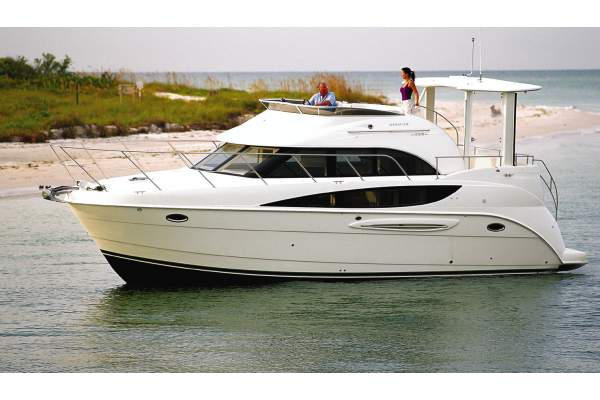 39' MERIDIAN 368 SEDAN (2008) OFF MARKET