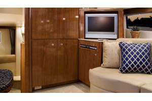 "39' MERIDIAN 368 SEDAN (2008) ""KEEPIN IT REEL"""