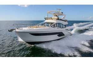 "52' SEA RAY FLY 520 (2018) ""SECOND CHANCE"""