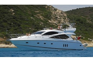 "60' SUNSEEKER MANHATTAN 60 (2010) ""ZENYATTA"""