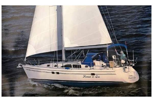 """38' CATALINA 387 (2005) """"MINUET IN SEA"""" SOLD!"""