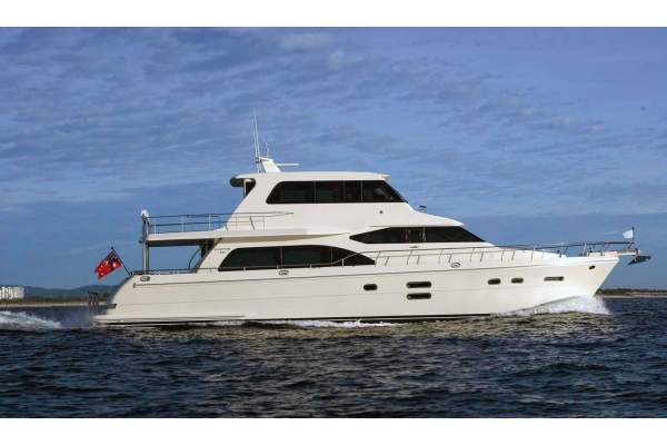"76' HAMPTON H720 PILOTHOUSE SKYLOUNGE (2014) ""ODYSEA"" *LLC*"