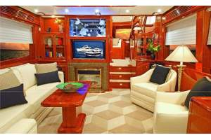 "76' HAMPTON 720 PILOTHOUSE SKYLOUNGE (2014) ""ODYSEA"" *LLC*"