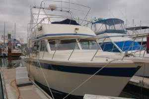 38' CHRIS-CRAFT 380 CORINTHIAN (1985)