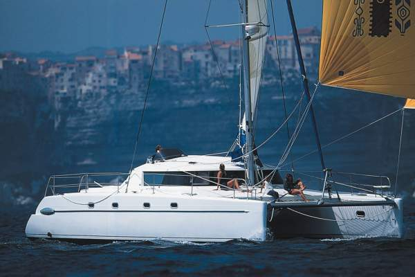 "43' FOUNTAINE-PAJOT BELIZE 43 (2005) ""DOUBLE DOWN"""