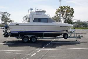 "25' BAYLINER 2556 COMMAND BRIDGE (1994) ""CAMELOT II"""