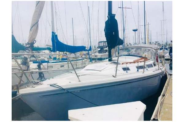 """30' CATALINA 30 (1983) """"QUICKSLIVER"""" SOLD!"""