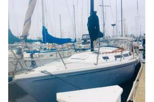 "30' CATALINA 30 (1983) ""QUICKSLIVER"""