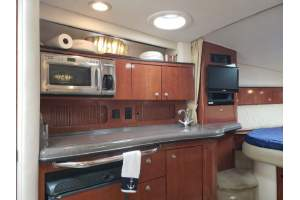 "32' SEA RAY SUNDANCER 320 (2006) ""QUEEN B"""