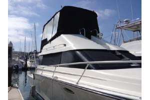"34' LUHRS 3400 CONVERTIBLE MOTOR YACHT (1990) ""SLIP IN SIDE"""
