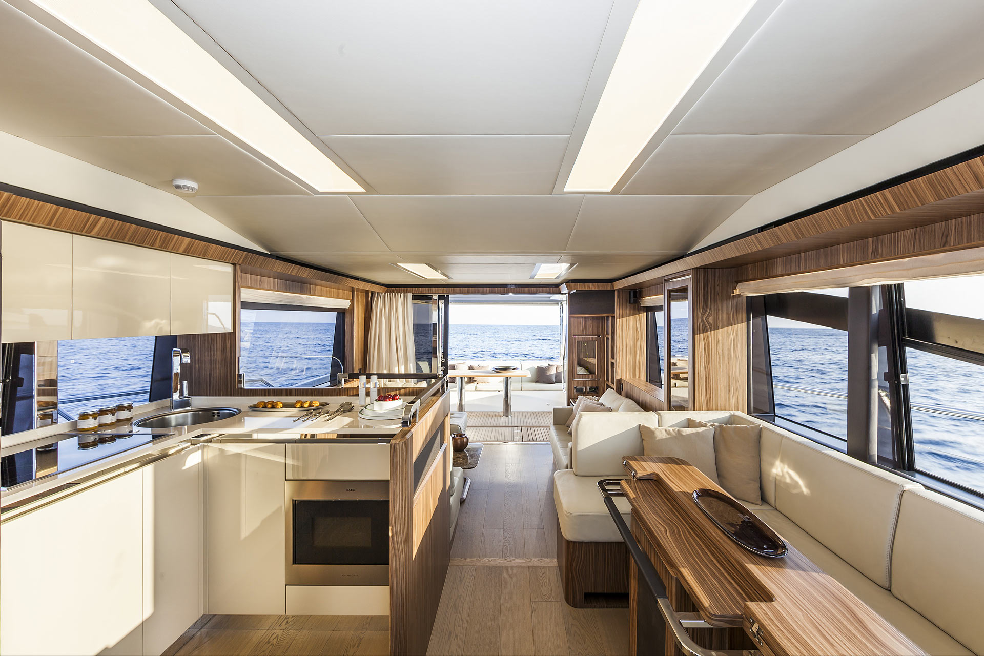 Absolute 60 Fly Luxury Yacht Salon