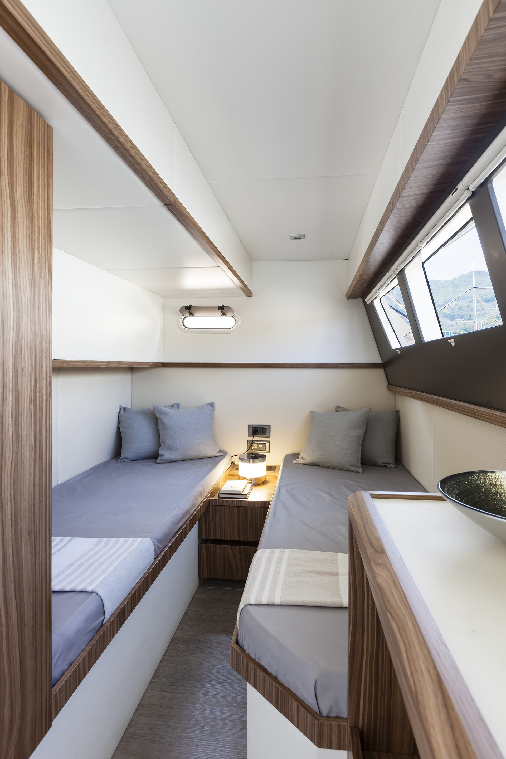 Absolute 60 Fly Luxury Yacht Guest Beds
