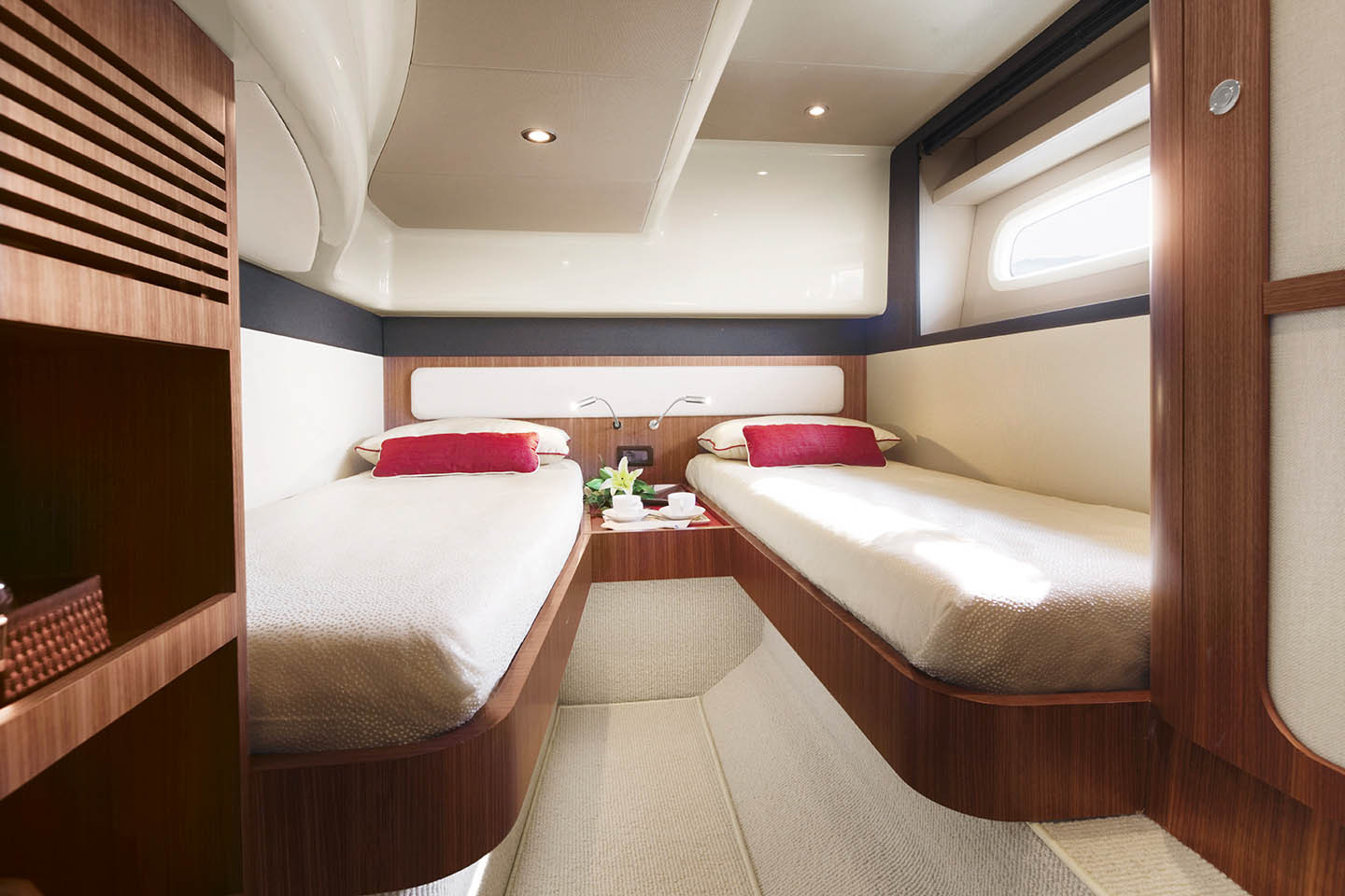 Azimut 43 Magellano Guest Double Stateroom