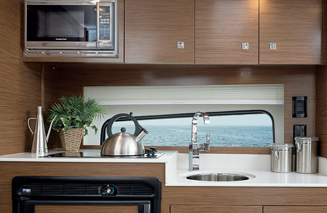 Cruisers Yachst 39 Express Coupe Galley Kitchen
