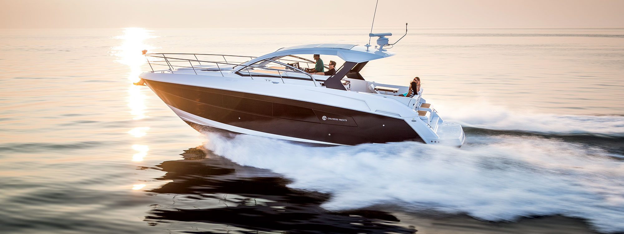 Cruisers Yachts 39 Express Coupe for sale in San Diego
