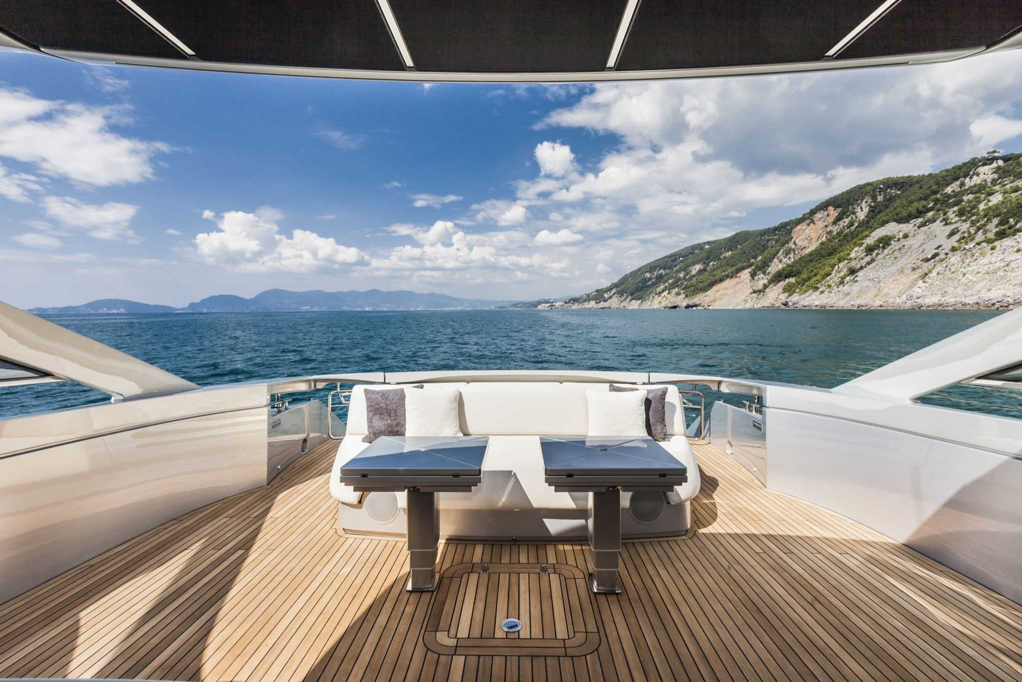 2018 Pershing 70 Luxury Yacht Cockpit Table