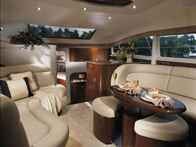 2005 Sea Ray 390 Motor Yacht Salon