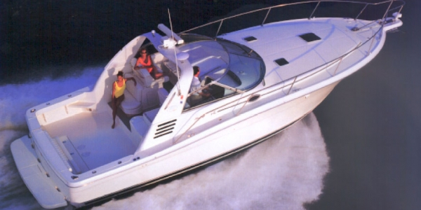 Sea Ray 370 Express Cruiser Review - A Boat for All Reasons