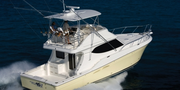 Silverton 45 Convertible Review - WARM WELCOME