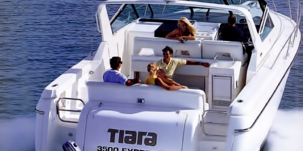 Tiara 3500 Express Review - MAD ABOUT YOU
