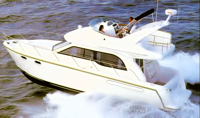Bayliner 3488 Boat Review - User Friendly