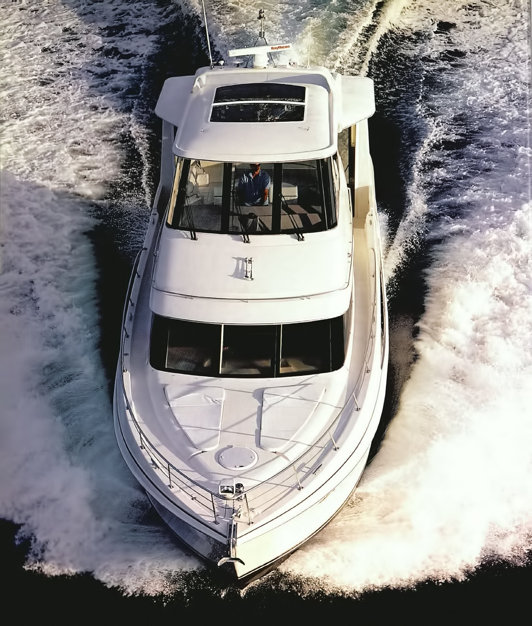 Carver 506 Motoryacht Review - OPEN STYLE