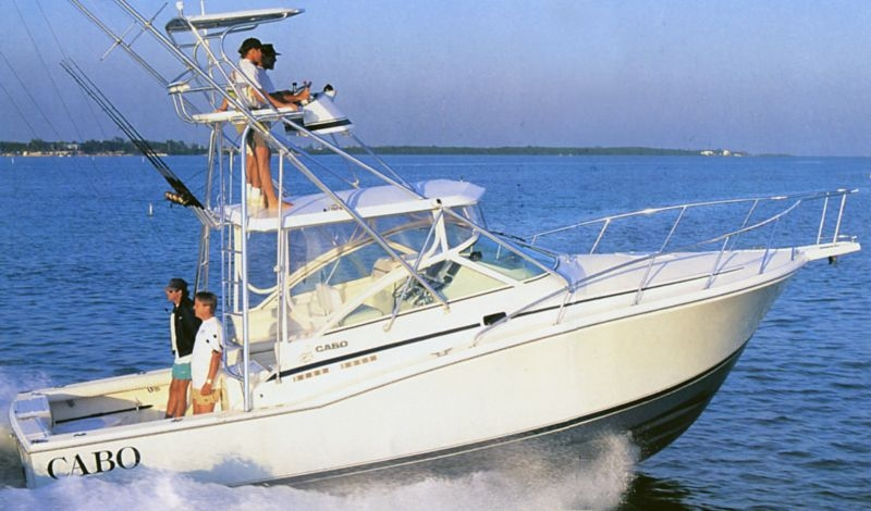 CABO 31 Express Sportfisher Review - ON THE WATER